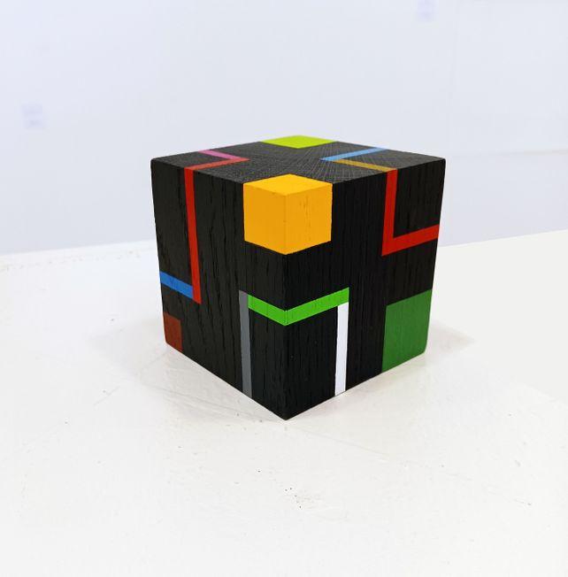 Cube f