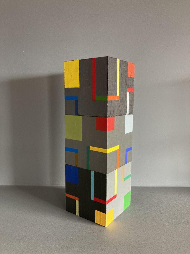 Cubes bcd