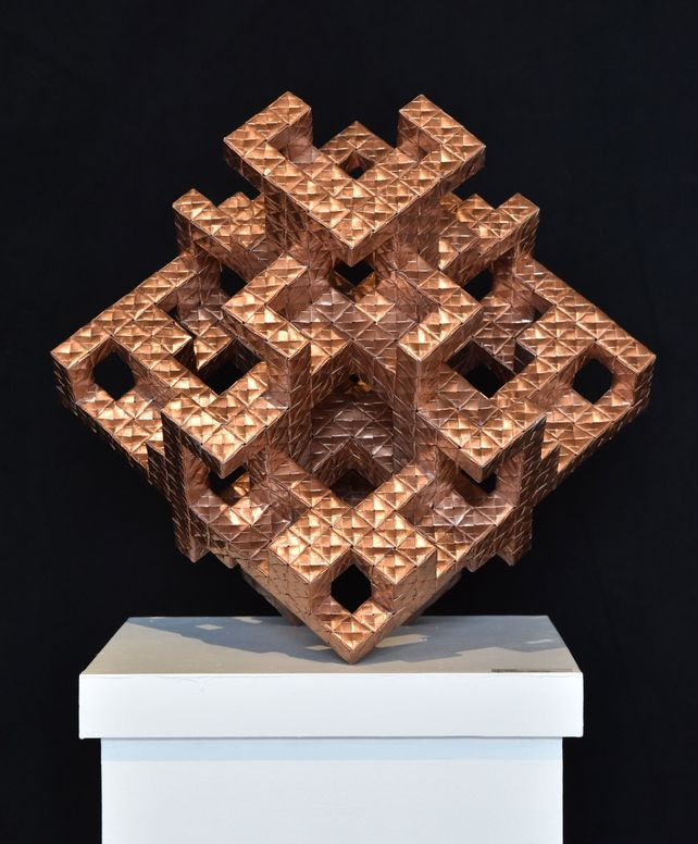 Hexagonal Cubes Engineered in Paper: 4000+ Sheets