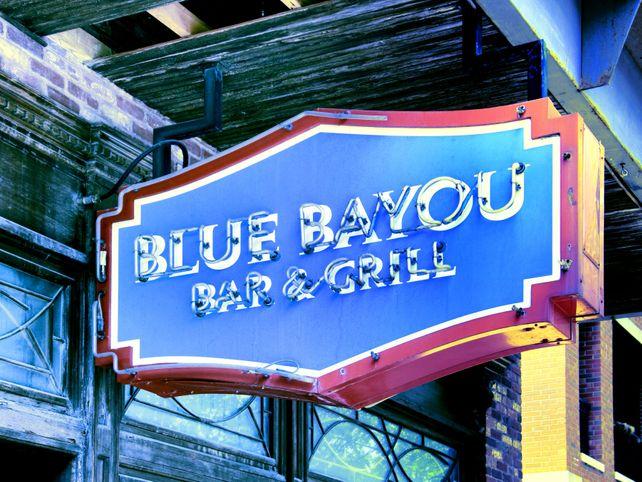 BAYOU CLASSIC Blue Bayou