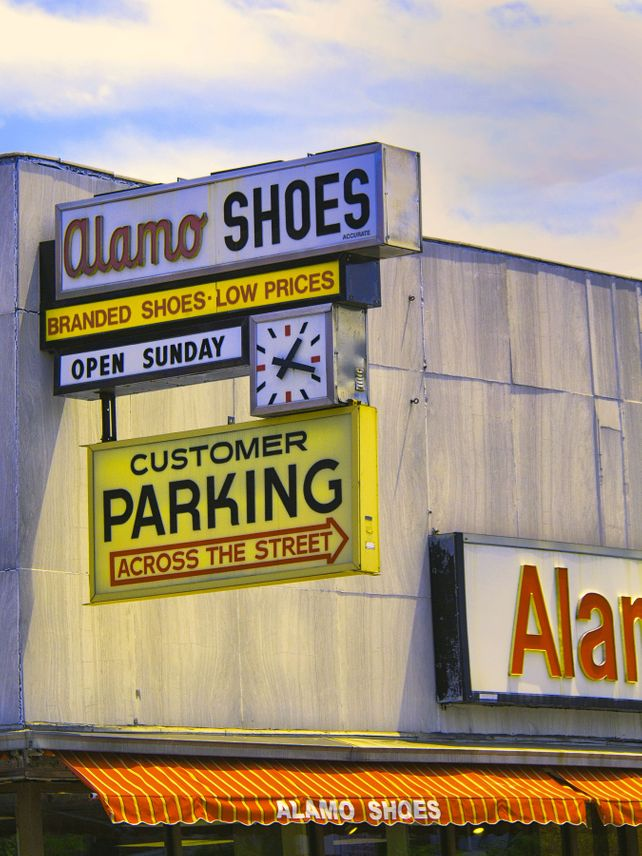 IN THEIR SHOES Alamo Shoes