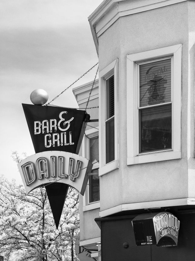 DAILY SPECIAL Daily Bar and Grill