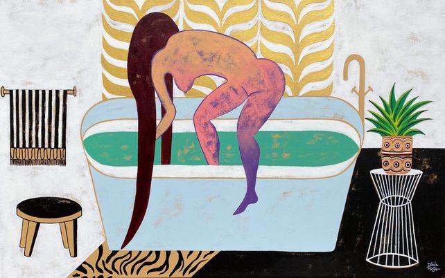 She baths