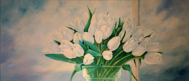 WHITE ROYAL TULIPS