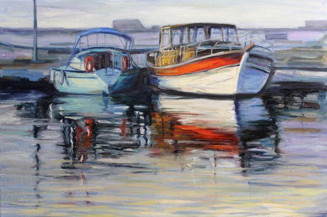 Marina con dos botes