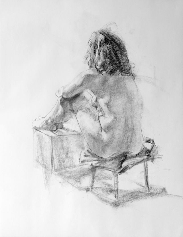 2012112106 Nude Female