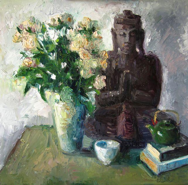 Buddha, Pale Peach Roses